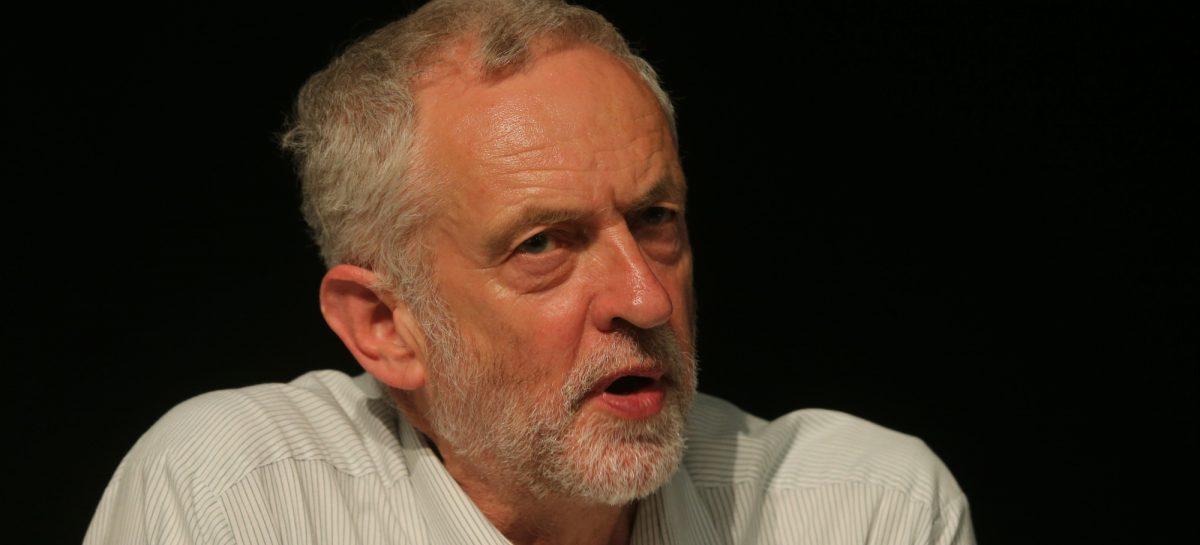 Padre de latinos podría liderar el laborismo británico