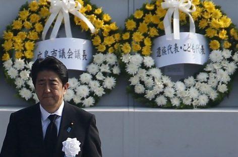 El primer ministro japonés, Shinzo Abe, hace un llamamiento para conseguir un mundo sin armas nucleares