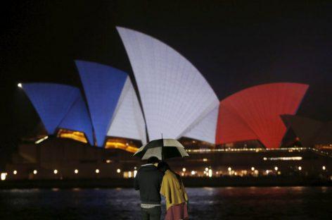 El mundo se alumbra por París