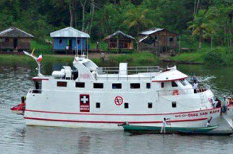 El barco hospital que acerca la medicina a la zonas más aisladas