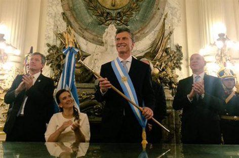 Argentina: Macri llamó a la unidad y prometió que combatirá la pobreza y el narcotráfico