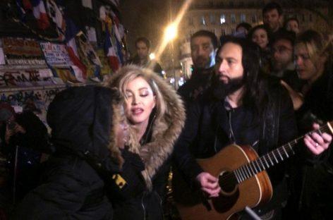 Madonna homenajea a las víctimas de París con un concierto improvisado