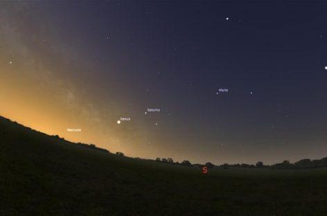 La conjunción planetaria de cinco planetas que no se observaba desde hace 10 años