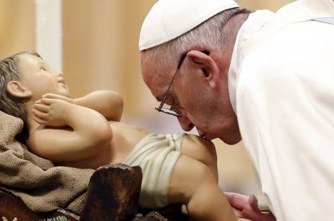 """El papa Francisco denunció """"un río de miseria"""""""