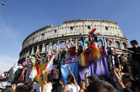 El Senado italiano aprueba la unión civil entre homosexuales