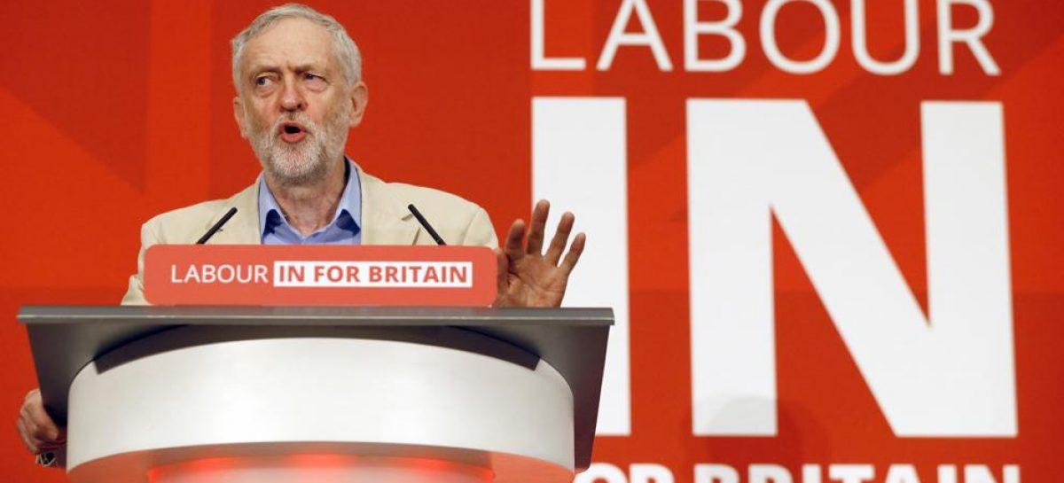 Corbyn apoya seguir en la UE
