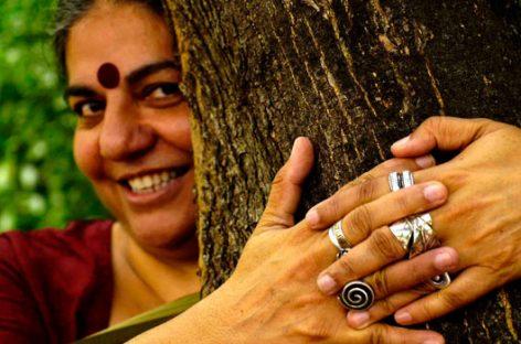 Vandana Shiva y el ecofeminismo como solución para mejorar la desigualdad