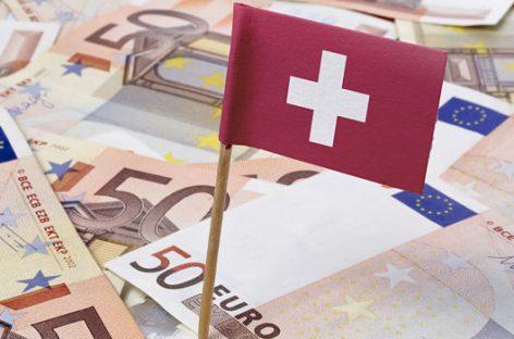 Suiza vota una renta básica vitalicia de 2.200 euros mensuales