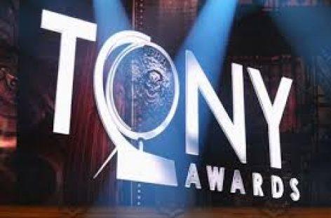 Entrega de los premios Tony con la solidaridad presente de las víctimas de Orlando