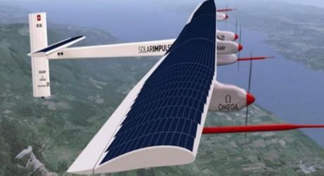 El primer avión solar consigue completar con éxito la vuelta al mundo