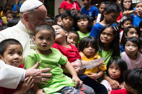 ProFuturo, la fundación inspirada por el Papa al servicio de la educación de niños desfavorecidos