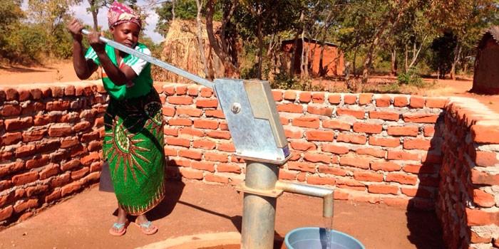 Manos Unidas. Pozos de agua que cambian vidas