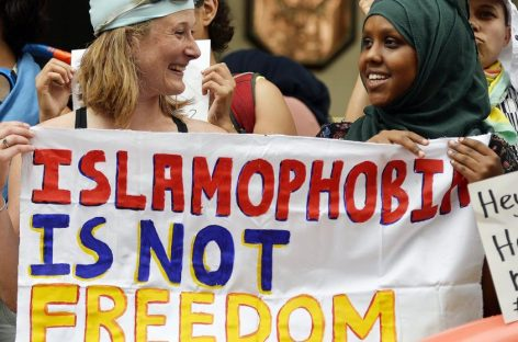 Burkini, la justicia francesa suspende la prohibición