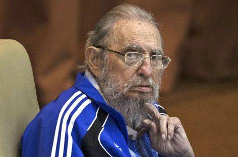 Fidel Castro llama a preservar la paz