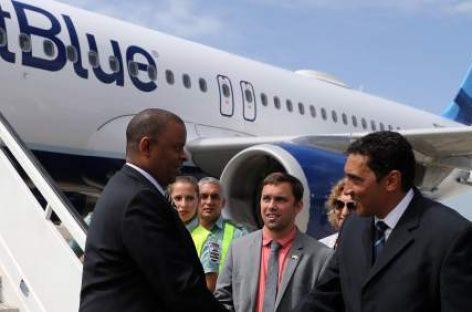 Aterriza en Cuba el primer vuelo regular desde USA
