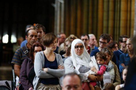 Católicos y musulmanes rezan juntos