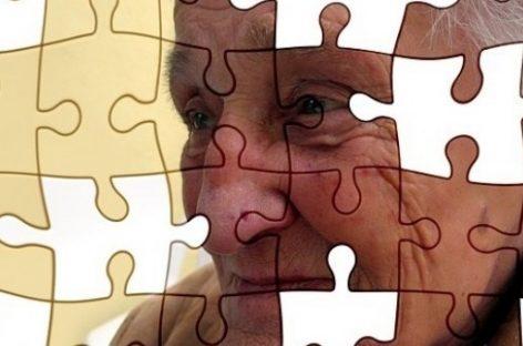 Científicos españoles desarrollan una molécula que detiene el Alzheimer en ratones