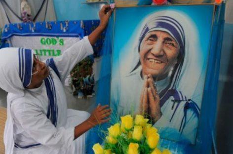 El Papa canoniza a la santa de los pobres