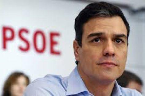 """Sánchez abre la vía a las """"fuerzas del cambio"""""""