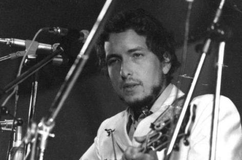 Seis letras de canciones que muestran la poesía de Bob Dylan por la que ganó el Nobel de Literatura 2016