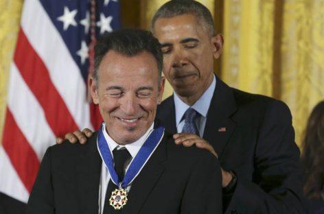 Obama condecora a los que han contribuido a que América avance
