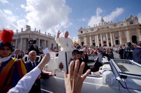 Con la derecha en alza, cada vez más progresistas se apoyan en el papa Francisco