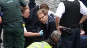 Un diputado inglés intentó salvar al policía herido