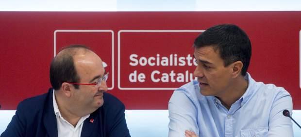 En España, los socialistas pactan iniciar el camino hacia la reforma constitucional