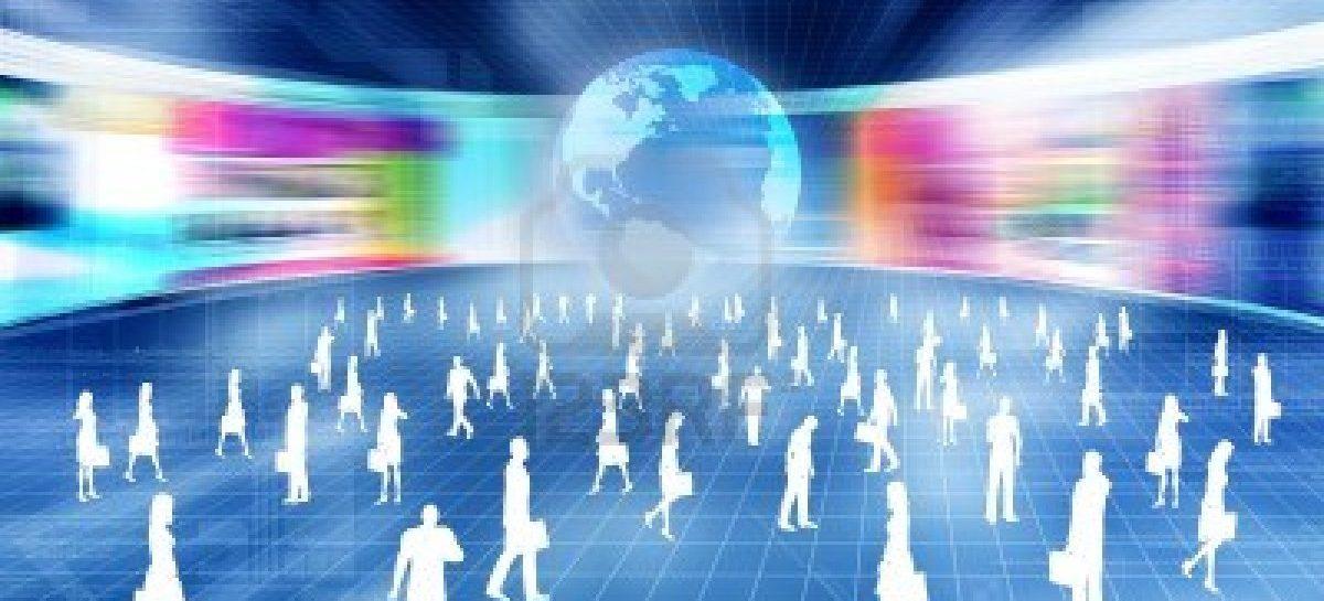 """""""Hoy pasamos más tiempo en un mundo virtual que en el real"""""""