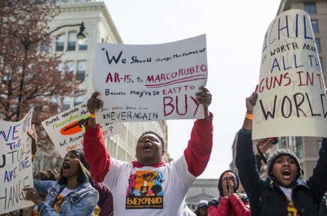"""La """"revolución"""" de los jóvenes contra las armas de fuego"""