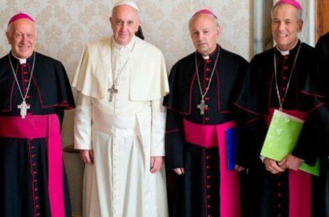 Purga en la Iglesia de los obispos chilenos por los escándalos de pederastia