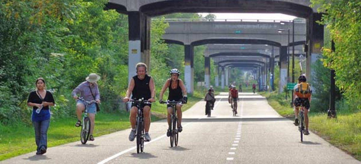 Alemania construye la primera autopista para bicicletas