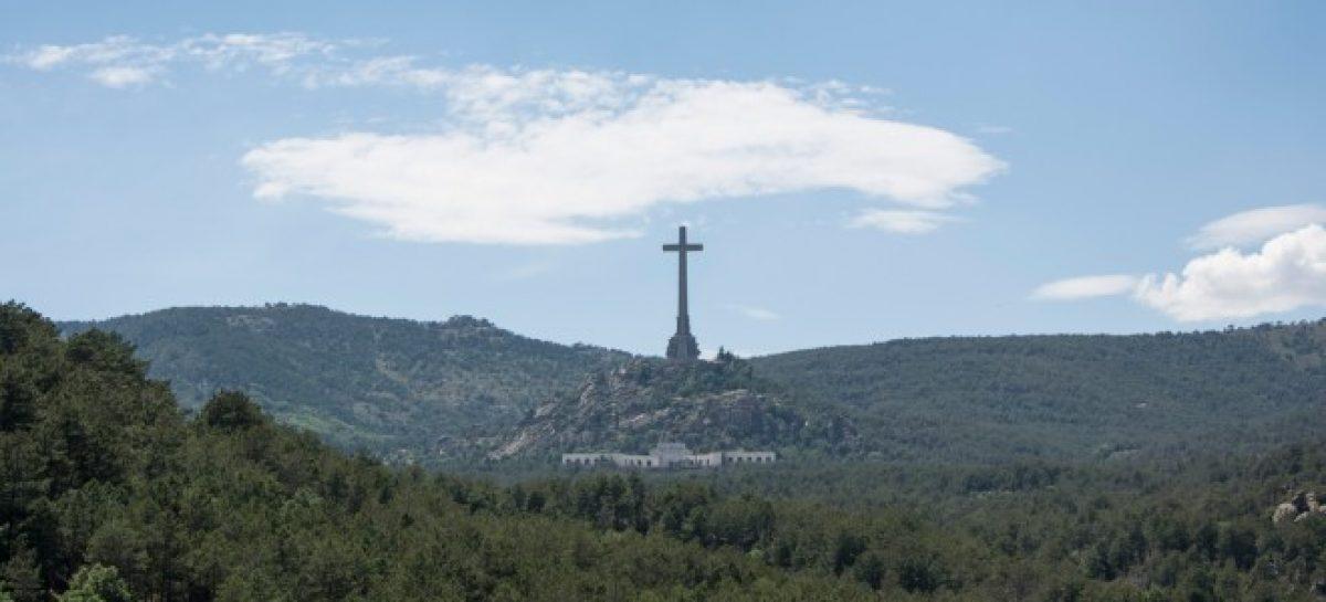 El Gobierno español quiere la exhumación de Franco antes del 40 aniversario de la Constitución