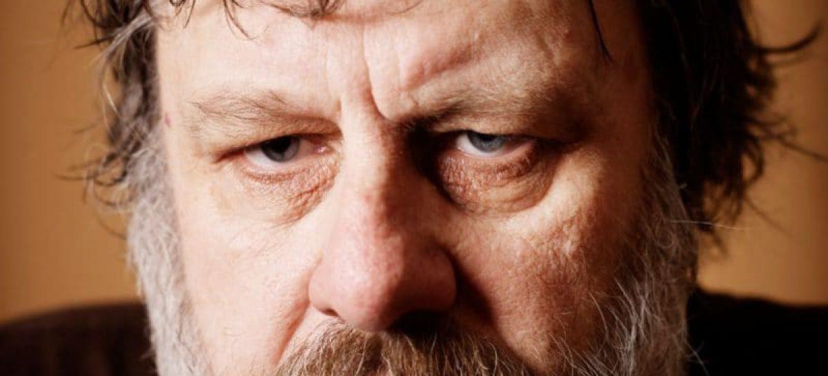 """La gente está """"drogada, dormida"""" y que hay que """"despertarla"""". Entrevista a Slavoj Zizek"""