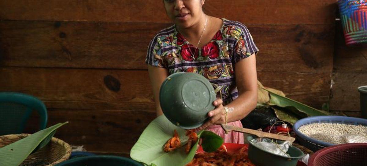 Cero plásticos: la lección medioambiental de San Pedro La Laguna