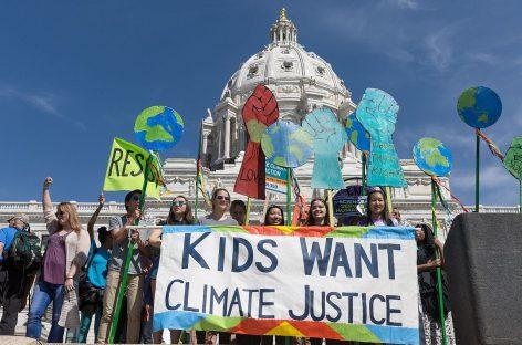 Youth For Climate, miles jóvenes salen a la calle para exigir más compromisos políticos en la lucha contra el calentamiento global