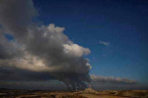 Lucha contra el cambio climático: una nueva tecnología convierte el CO2 en carbón