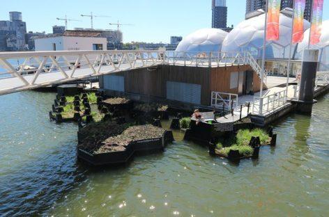 En la ciudad de Rotterdam convierten la basura en parques flotantes