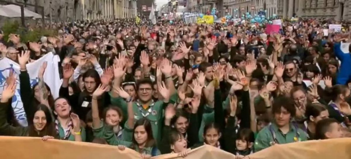 Contra el racismo se manifiestan 200.000 personas en Milán