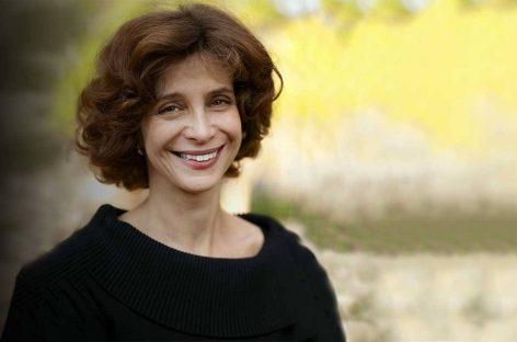 El éxito de una sociedad depende de la fuerza de sus comunidades. Tina Rosenberg