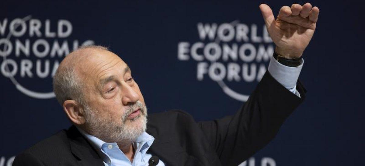 Los socialistas estadounidenses tienen razón al querer reformar el capitalismo. Entrevista a Joseph Stiglitz