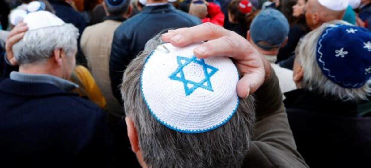 «Todos con Kipá», solidaridad en Berlín con las víctimas de ataques antisemitas