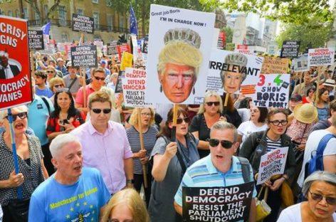 """Reino Unido contra el """"golpe"""" de Johnson"""