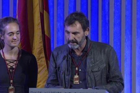 """La Cámara catalana distingue a Òscar Camps y Carola Rackete por una entrega que """"salva miles de vidas"""" en alta mar"""