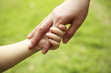 """""""Crianza positiva"""", educar en el valor de la afectividad y el respeto"""