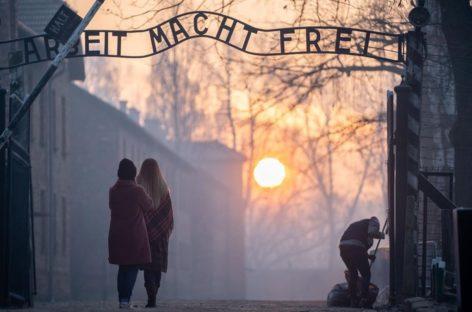 Alemania conmemora el 75 aniversario de la liberación de Auschwitz.