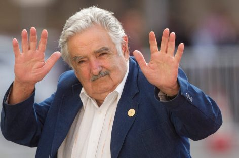 """Pepe Mujica: """"Me pregunto, ¿los humanos estamos llegando al límite…"""""""
